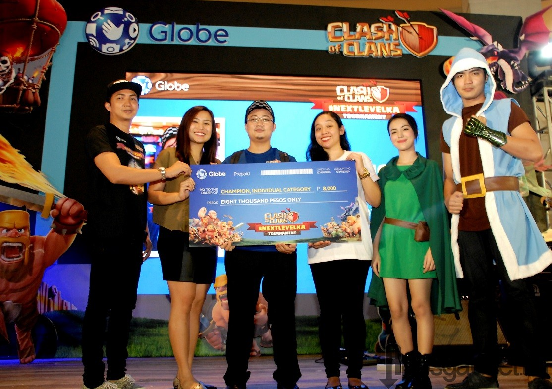 Master category champion Paul Paguio (CoC Name: Anto)