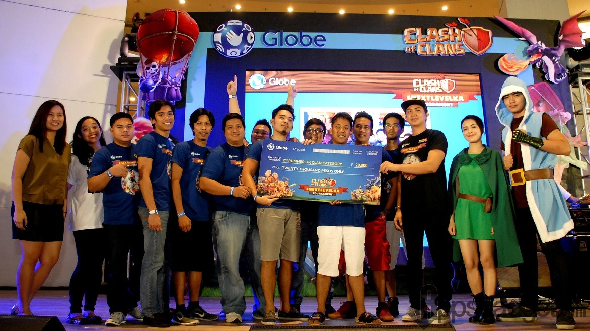 #NextLevelKa Manila CoC Tournament Clan category 2nd runner up Clan Gaboon with team leader Ryan Nel Panganiban,