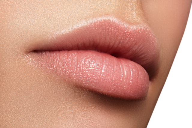 How To Make Your Lips Bigger Naturally Without Makeup