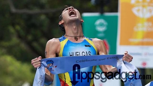 Nikko Huelgas wins the gold medal at the  SEA Games in Singapore