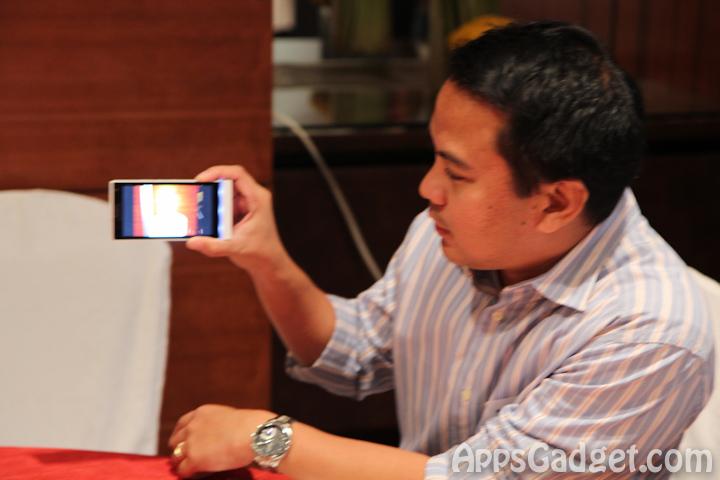 newperia phone