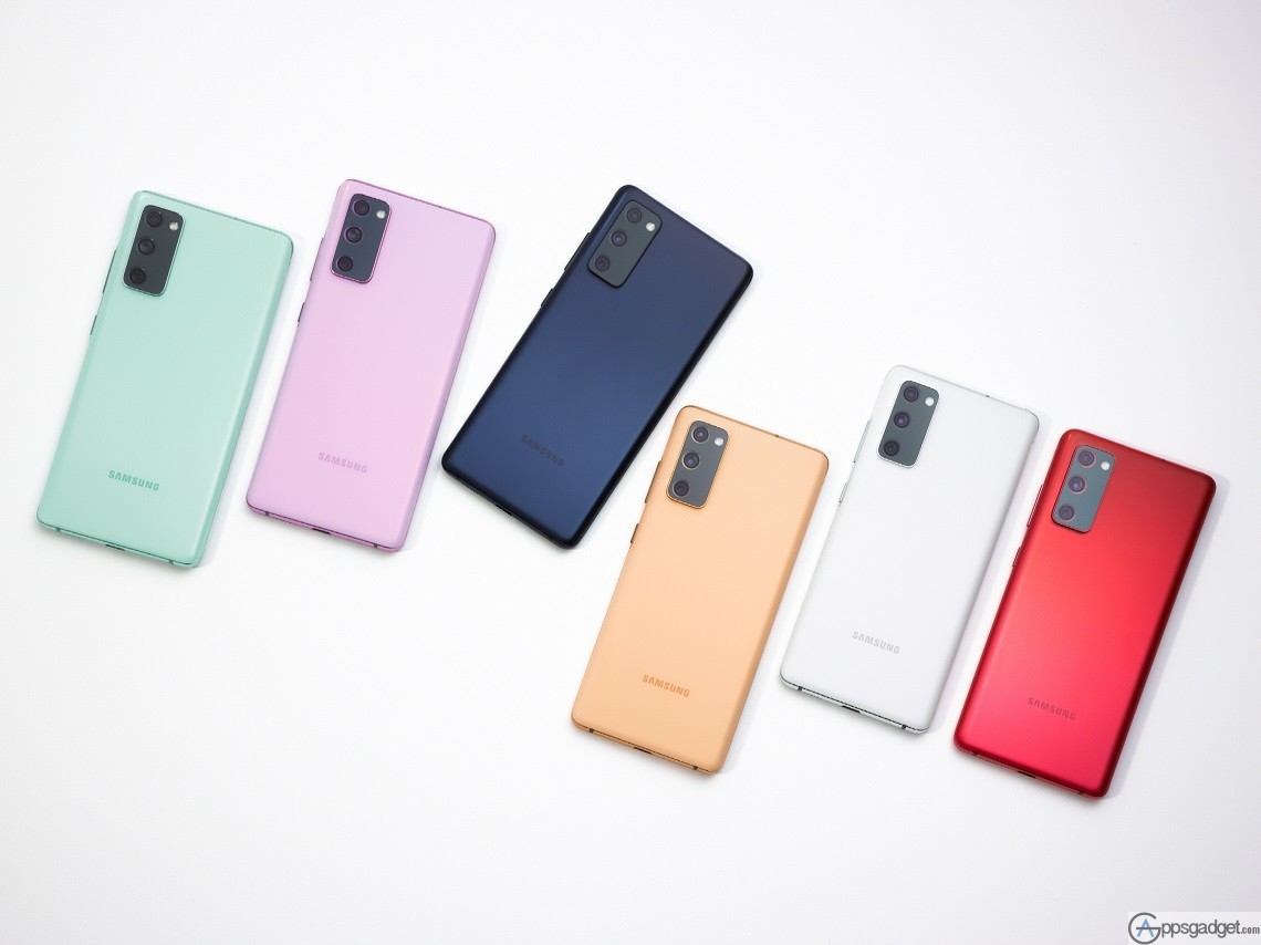 SAMSUNG Galaxy S20 FE with 32MP selfie camera 4,500mAh battery and Super AMOLED with FREE UV Sterilizer worth Php 2,199