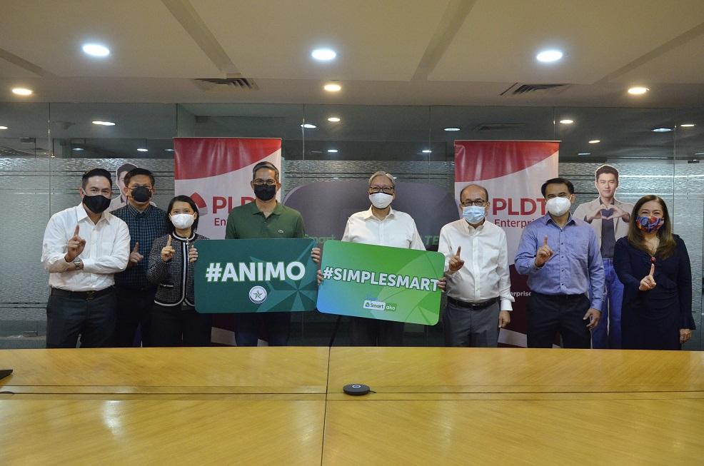 PLDT, Smart and De La Salle Philippines Launch e-Learning Store
